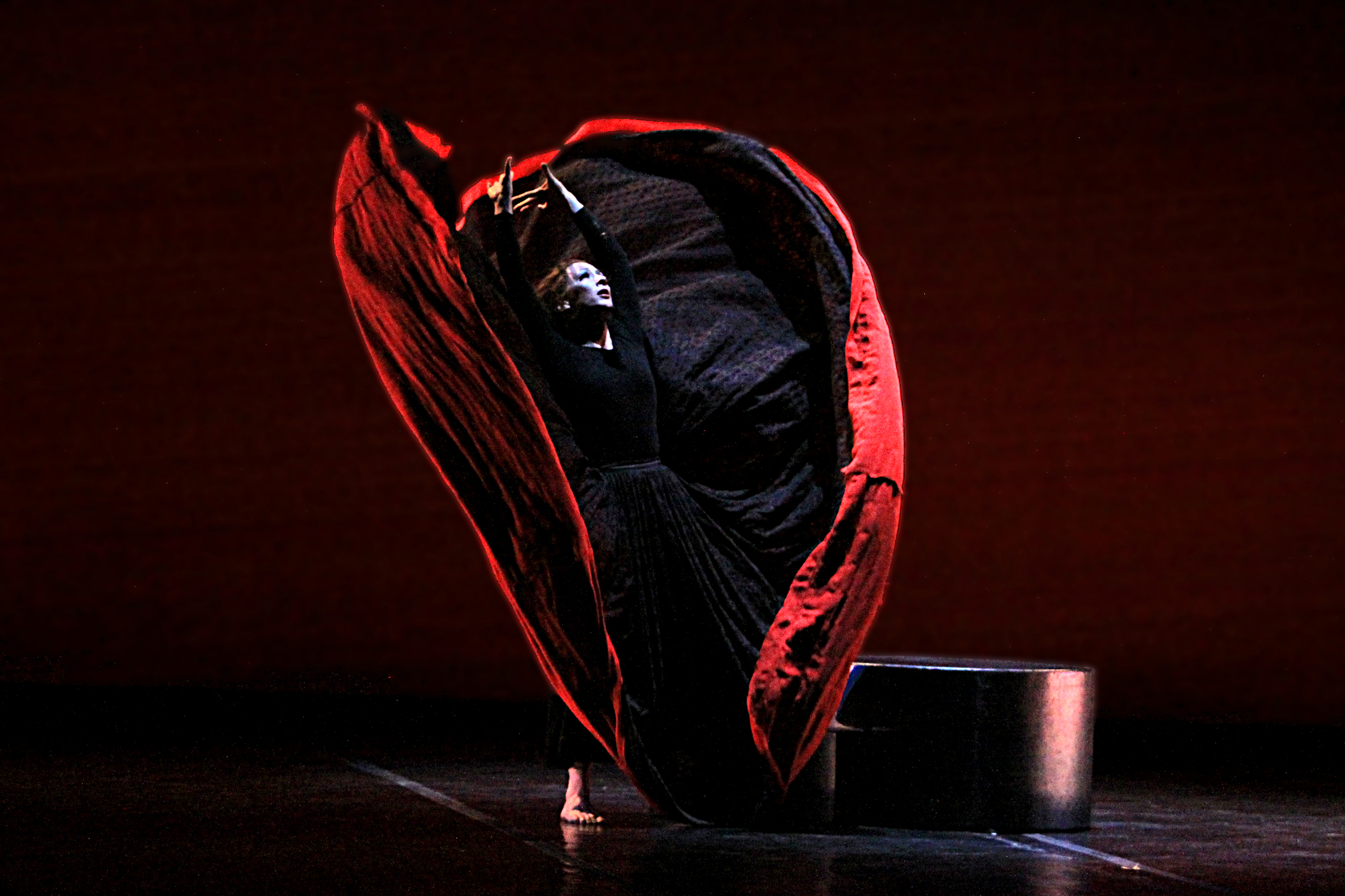 martha graham s chronicle Martha graham dance co 1 / 9 back to gallery  we never tamper with martha's choreography  allan ulrich is the san francisco chronicle's dance correspondent.