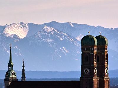 Munich Frauenkirche and view toward the Alps