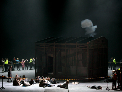 Bavarian State Opera's 2010 staging of Dialogues des Carmélites