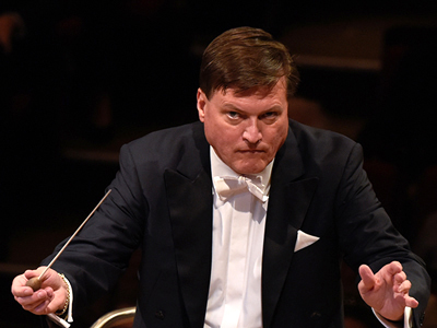 Christian Thielemann conducting Bruckner's First Symphony with his Dresden Staatskapelle at the Gasteig in Munich in 2017