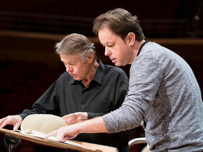 Mariss Jansons and Martin Angerer in rehearsal in Munich's Gasteig in January 2018